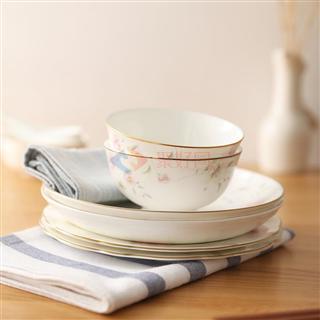爱彼此(ABS)  Brandon山茶花系列20头镁质瓷餐具礼盒套装