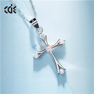 CDE/西黛尔 十字架项链锁骨链水晶饰品