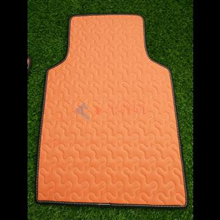 风中氧    负氧离子活性皮汽车通用款脚垫     橘色祥云款
