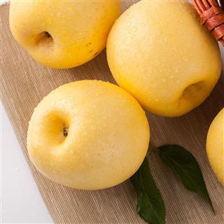 黄金富士脆甜多汁12粒装果径75-80cm 4.8-5.2斤