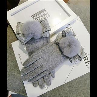 韩版触屏五指羊绒名媛蝴蝶结大毛球女冬季可爱保暖手套