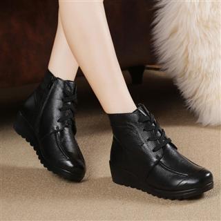 加绒保暖坡跟防滑真皮棉鞋 舒适养脚 加绒系带短靴
