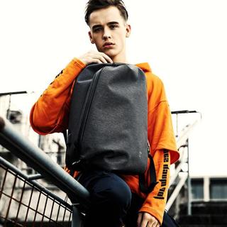 男士大容量双肩包电脑包时尚潮流休闲青年防盗包火山黑